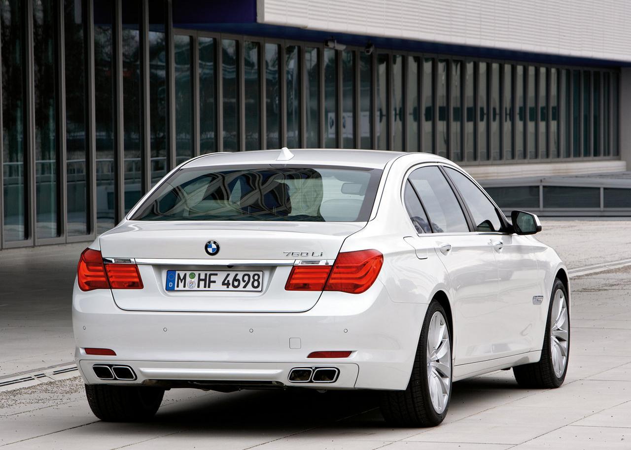 2010_BMW_760Li