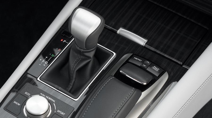 Lexus_LS460_Shifter